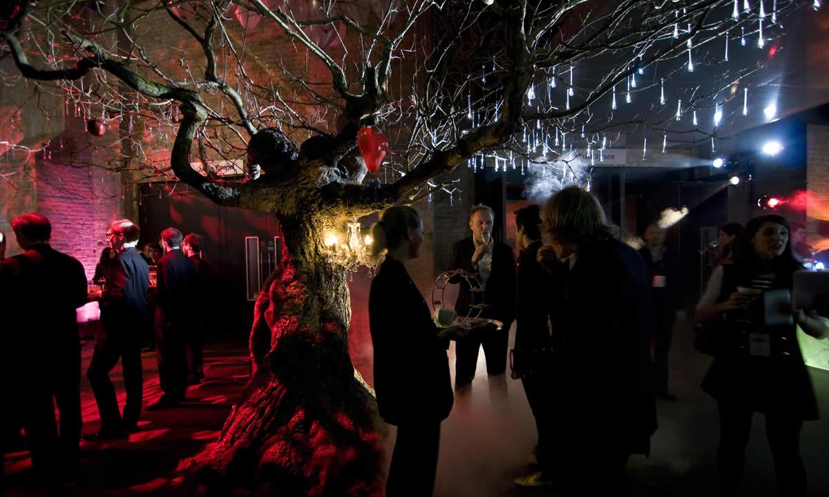 valentine party tree